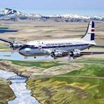 painted icelandic commercial airplanes
